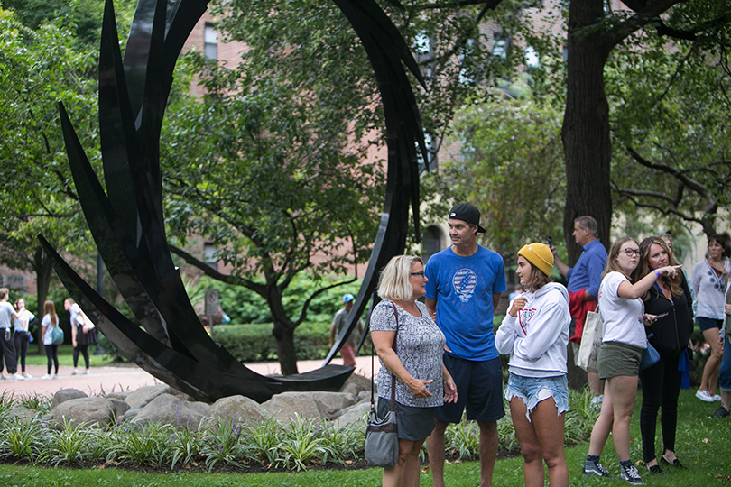 New students and families gather for the President's Welcome on move in day. (by Samuel Stuart)
