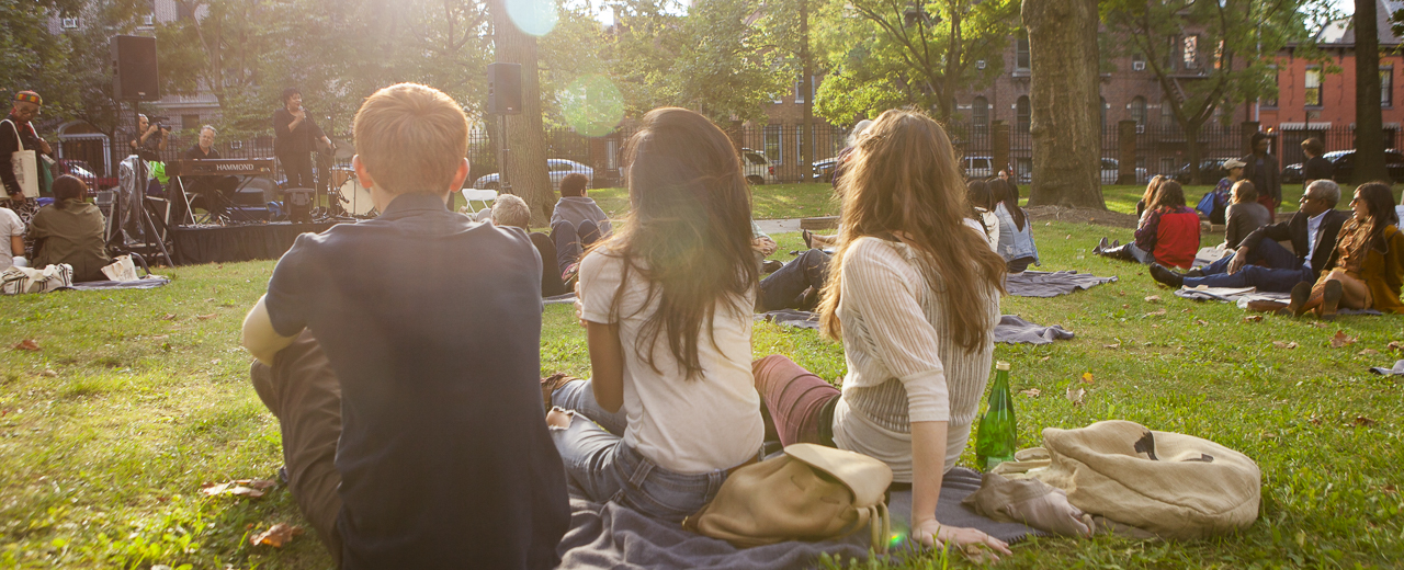 Students on Pratt Institute campus during Alumni Day