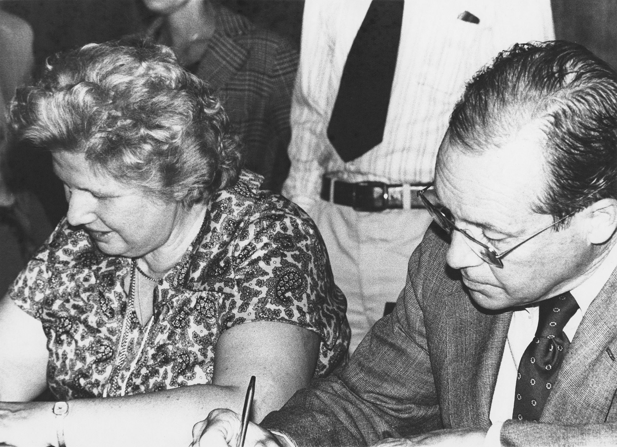 Estelle M. Horowitz signing the UCFT contract with Richardson Pratt, president of Pratt Institute, in 1978