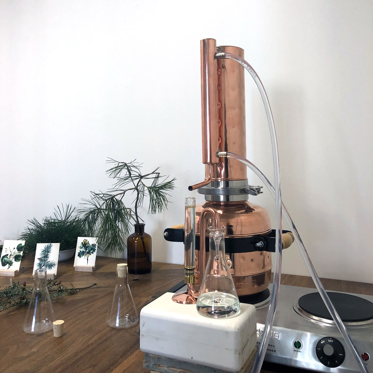 Instruments used to distill sent of plants
