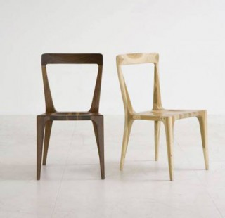 Pull Up Chair (2002)