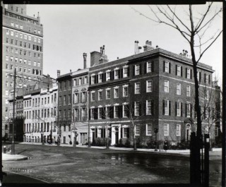 Sutton Place, New York City (1920)