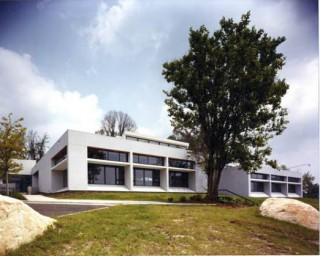 Mt. Airy Public Library (1984)